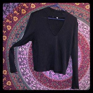 Tops - Black choker long sleeve sweater